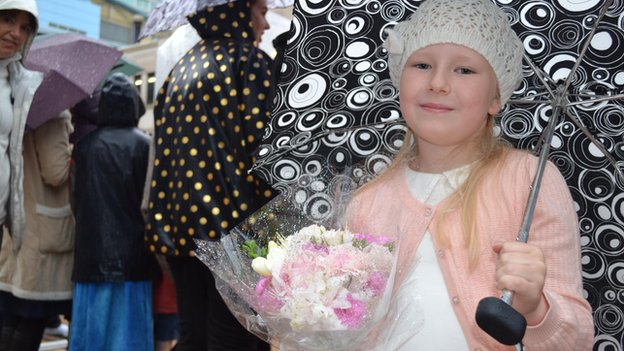 "Paige Burnett, seven, had chosen her best outfit and a bouquet of flowers in the hope of meeting ""Princess Kate"""