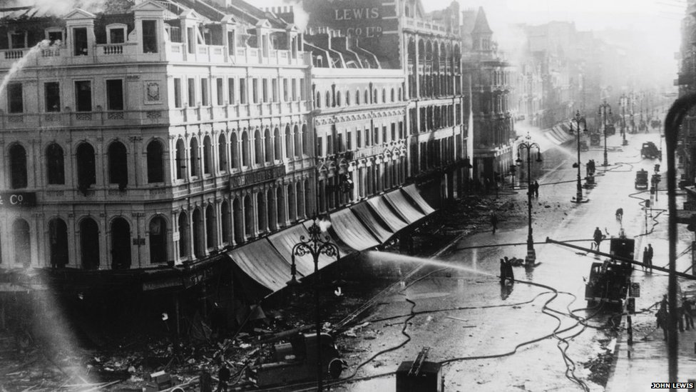 Morning after the bombing of John Lewis Oxford Street, 1940