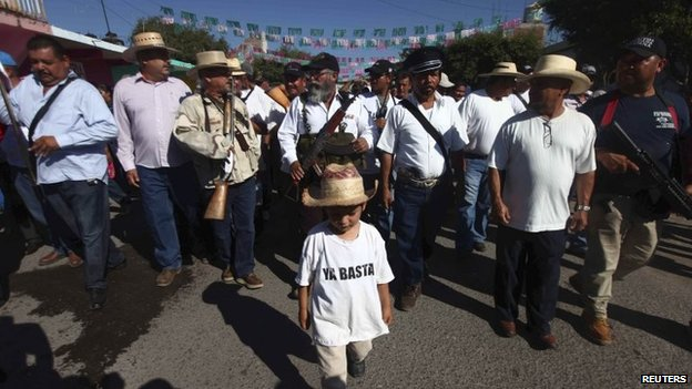 Vigilantes commemorate the first anniversary of their foundation in Felipe Carrillo Puerto  on 24 February, 2014