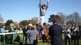 Frankie Dettori performs a flying dismount from Sandiva