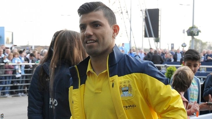Sergio Aguero arriving at the Etihad Stadium