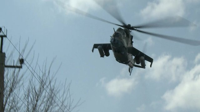 Ukrainian attack helicopter flies over Kramatorsk