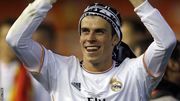 Gareth Bale celebrates Real Madrid's Copa del Rey win
