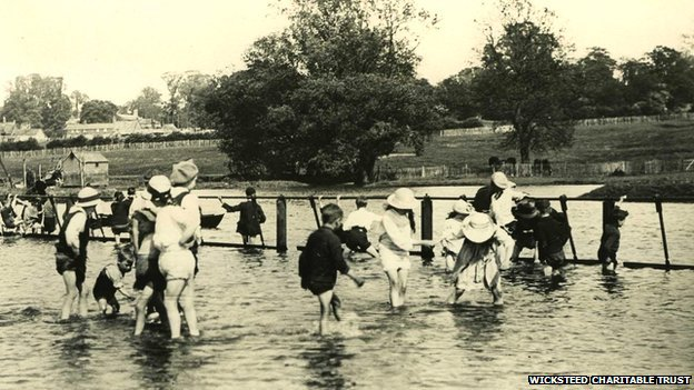 Children paddling at Wicksteed Park in the 1920s