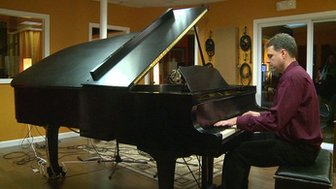 Joe Ierardi playing a piano