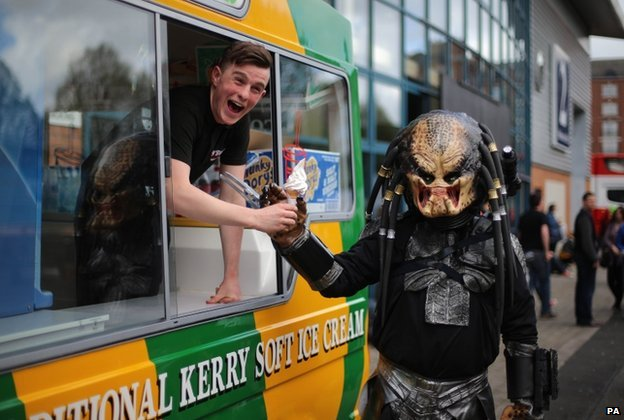 Predator gets an ice cream