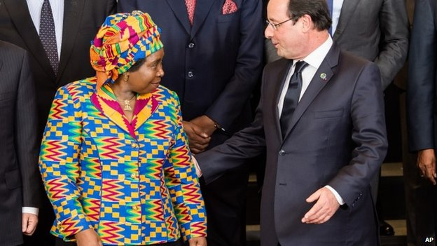 Mr Zuma's ex-wife, Nkosazana Dlamini-Zuma, meets French President Francois Hollande in Brussels on 2 April 2014