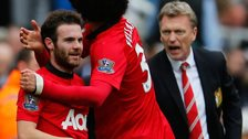 Juan Mata (l) and David Moyes