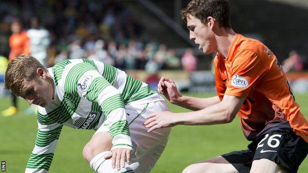 Celtic's Kris Commons and Dundee United's Andrew Robertson