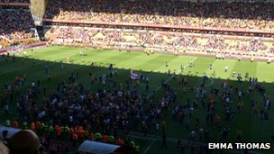 Pitch invasion at Wolves v Rotherham