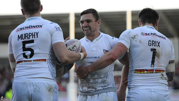 Huddersfield Giants celebrate