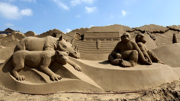 Weston-super-Mare's annual sand sculpture festival has begun and there's some pretty cool designs.