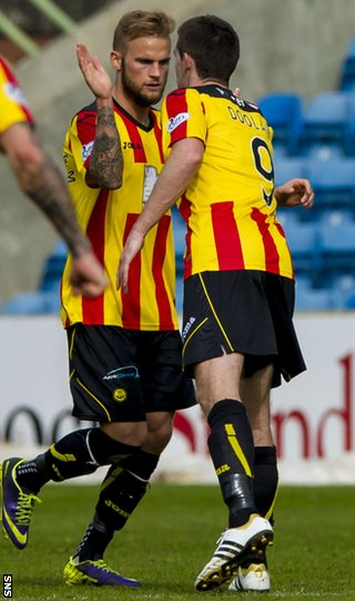 Kallum Higginbotham (left) scored for Partick Thistle