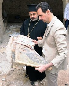 President Assad in Maalula, in a picture on his official Facebook page, on 20 April 2014