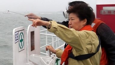 South Korea leader condemns ferry crew
