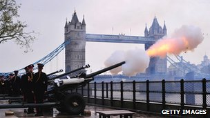 Gun salute from Tower of London