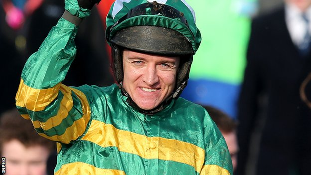 Barry Geraghty won on Shutthefrontdoor