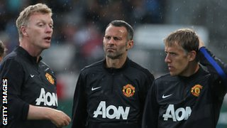 David Moyes with Ryan Giggs and Phil Neville