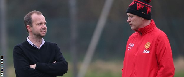 Ed Woodward, United's executive vice-chairman, and Moyes in conversation at the training ground