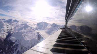 Taking a piano to Zermatt Unplugged