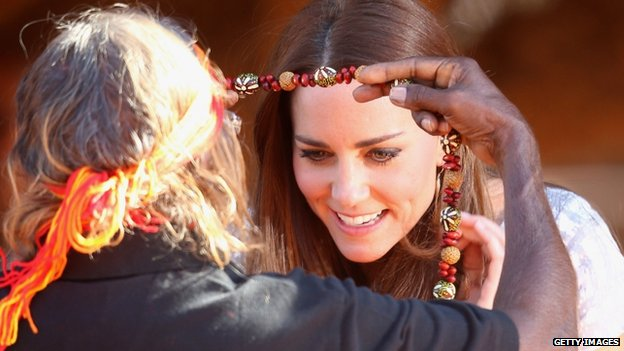 Duchess of Cambridge receiving traditional Aboriginal necklace