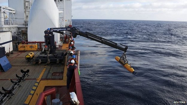 The Australian Defence Vessel Ocean Shield drop the US Navy's Bluefin-21 into the Indian Ocean - 15 April 2014