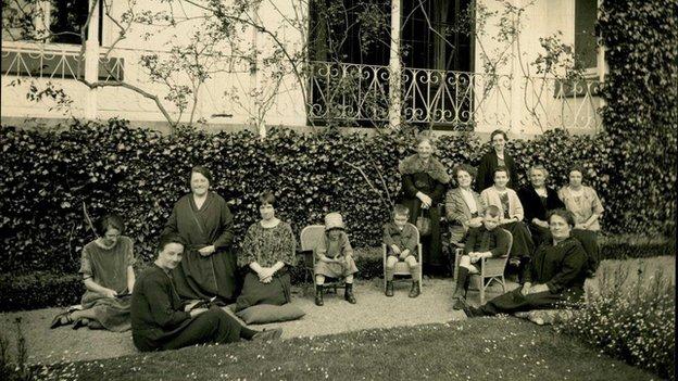 Convalescents at Cefn Ila in 1925