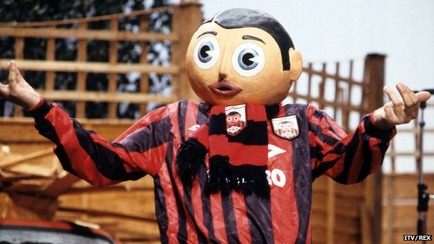 Frank Sidebottom on Frank Sidebottom's Fantastic Shed Show on ITV in 1992