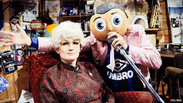 Caroline Aherne as Mrs Merton with Frank Sidebottom