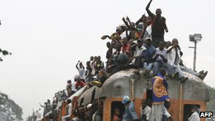 A commuter train in Kinshasa, DR Congo - 2006