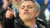 Jose Mourinho pointing