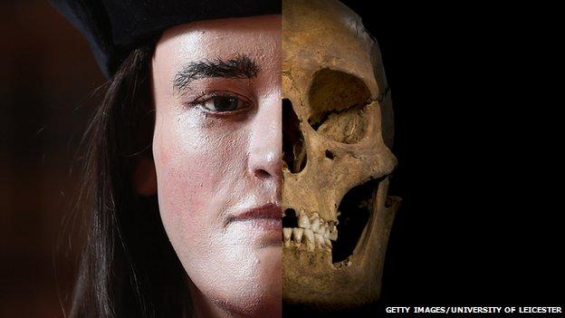 Richard III reconstructed head and excavated skull