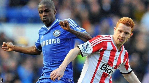 Ramires of Chelsea v Sunderland's Jack Colback
