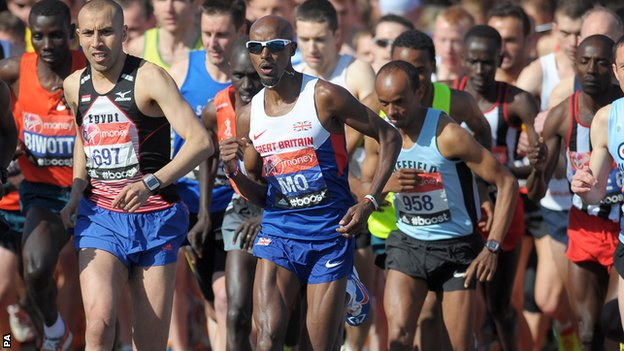 Mo Farah is advised not to run another marathon until after the 2016 Olympics.