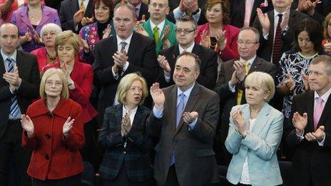 Politicians applaud Margo MacDonald
