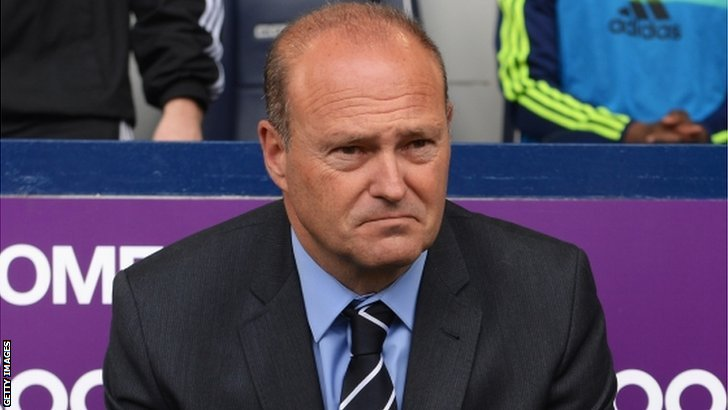 Pepe Mel, manager of West Bromwich Albion, sits ahead of kick off