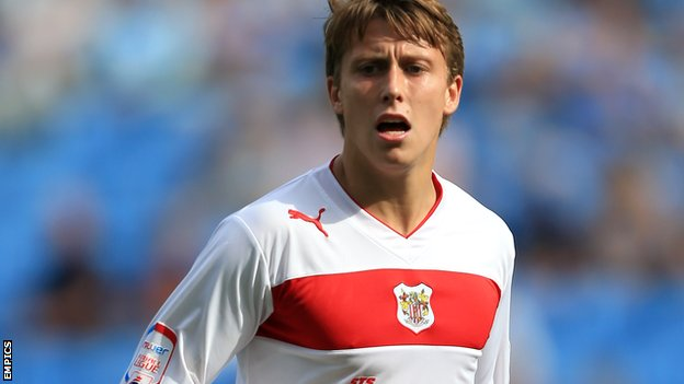 Luke Freeman playing for Stevenage.
