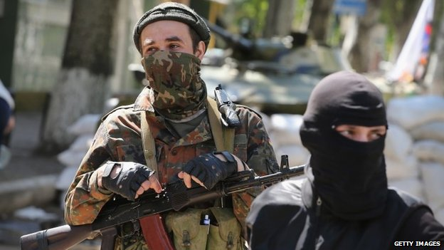 Pro-Russian gunmen in Sloviansk, eastern Ukraine. Photo: 26 April 2014
