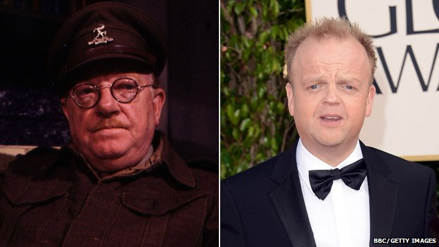 Arthur Lowe as Captain Mainwaring (left) and Toby Jones