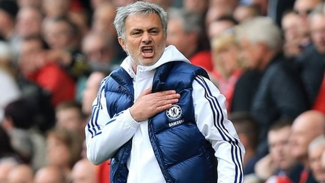 Chelsea boss Jose Mourinho confirms interest in Barcelonas Cesc Fabregas [Yahoo]