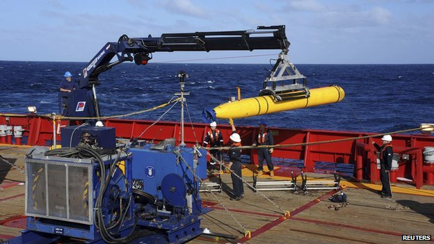 The Bluefin 21, the Artemis autonomous underwater vehicle, is hoisted back on board the Australian Defence Vessel Ocean Shield after a successful buoyancy test in the southern Indian Ocean as part of the continuing search for the missing Malaysian Airlines flight MH370 in this picture released by the U.S. Navy on 4 April, 2014