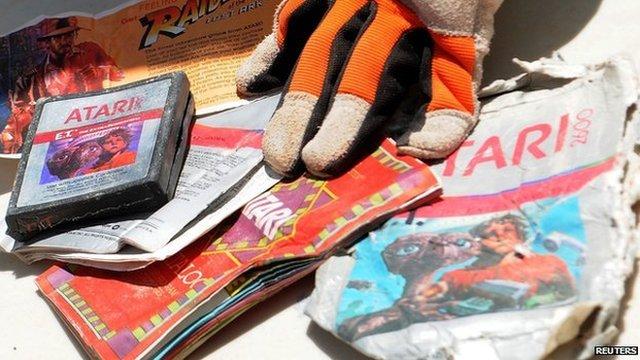 Atari ET extra terrestrial game