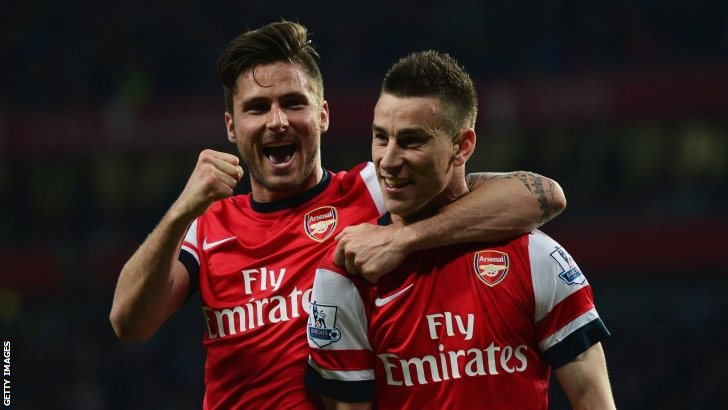 Giroud and Koscielny celebrate