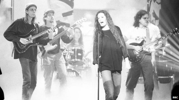 Edie Brickell and New Bohemians on Top Of The Pops