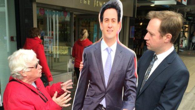 Cardboard Ed Miliband meets voters