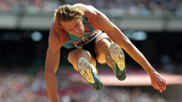 Chris Tomlinson questions Greg Rutherford long jump record