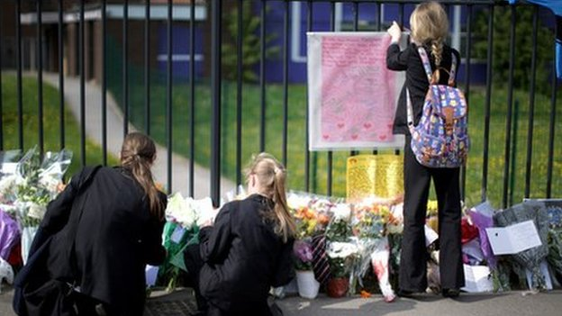 Pupils place tributes to teacher Ann Maguire at Corpus Christi