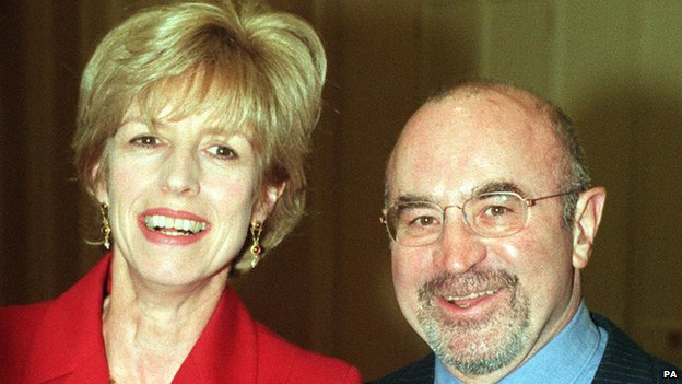 Bob Hoskins with wife Linda in 1997