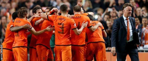Louis van Gaal with Netherlands team