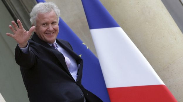 Jeffrey Immelt outside the Elysee Palace